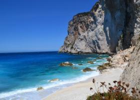 H νεότερη παραλία της Ελλάδας δημιουργήθηκε πριν 10 χρόνια (photos) - Κεντρική Εικόνα