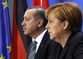 Βέτο Μέρκελ στην αναβάθμιση της τελωνειακής ένωσης με την Τουρκία - Κεντρική Εικόνα