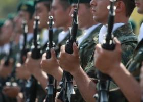 Ρήγας: Μειώσεις κατά περίπτωση στη στρατιωτική θητεία - Κεντρική Εικόνα