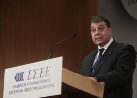 Η ΕΣΕΕ χαιρετίζει τη διακομματική συναίνεση για την τροπολογία για τον κατώτατο μισθό - Κεντρική Εικόνα
