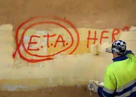 Δώδεκα κρυψώνες με όπλα αποκάλυψε η ΕΤΑ στις ισπανικές Αρχές, στο πλαίσιο του αφοπλισμού της - Κεντρική Εικόνα