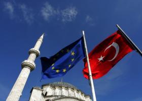 Εκτεθειμένες κατά 102 δισ. δολ. οι ευρωπαϊκές τράπεζες στην Τουρκία  - Κεντρική Εικόνα