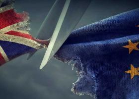 Κλιμάκωση εμπορικού πολέμου ΗΠΑ-ΕΕ - Δασμοί ως 25% σε χιλιάδες ευρωπαϊκά προϊόντα από σήμερα - Κεντρική Εικόνα