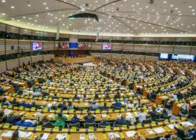 Μέτρα κατά των νεοφασιστικών ομάδων ζητάει το Ευρωπαϊκό Κοινοβούλιο - Κεντρική Εικόνα