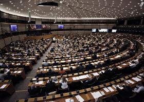 Ευρωκοινοβούλιο: Περισσότερες γυναίκες, πολλοί νεοεισερχόμενοι και ηλικίες από 21-82 ετών - Κεντρική Εικόνα