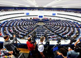 H ομάδα Σοσιαλιστών και Δημοκρατικών θα στηρίξει τη φον ντερ Λάιεν για την Κομισιόν - Κεντρική Εικόνα