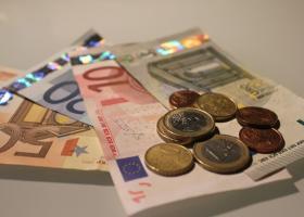 Αντίστροφη μέτρηση για την καταβολή του Δώρου Πάσχα - Πώς θα πληρωθούν οι εργοδότες από το κράτος - Κεντρική Εικόνα