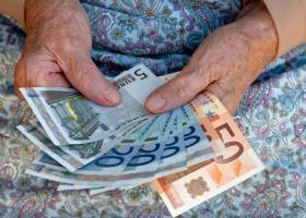 Επίδομα 800 ευρώ: Από την επόμενη εβδομάδα οι πρώτες πληρωμές στους δικαιούχους - Κεντρική Εικόνα