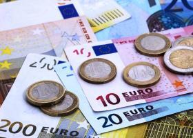 Σε υψηλά δύο ετών «σκαρφαλώνει» το ευρώ - Κεντρική Εικόνα