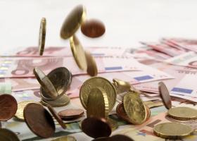 Μένουν εκτός ελαφρύνσεων τα μεσαία εισοδήματα - Κεντρική Εικόνα