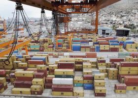 Θετικό πρόσημο για τις ελληνικές εξαγωγές το α' εξάμηνο - Κεντρική Εικόνα