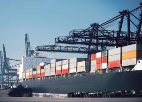 Δυσοίωνο το πρώτο εξάμηνο για τις ελληνικές εξαγωγές  - Κεντρική Εικόνα