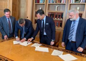 """Το μεγαλύτερο πρόγραμμα """"έξυπνης στάθμευσης"""" στην Ελλάδα θα υλοποιήσει ο δήμος Αθηναίων - Κεντρική Εικόνα"""