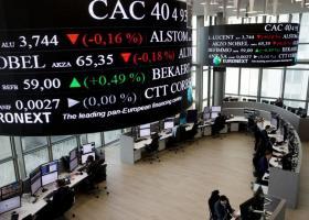 Τα σχόλια του Ντράγκι οδηγούν σε πτώση το ευρώ, προσφέρουν στήριξη στις μετοχές - Κεντρική Εικόνα