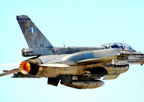 Πως έφτασε να πετάξει ο διευθυντής της «ανθελληνικής» Bild με F-16 της ΠΑ - Κεντρική Εικόνα