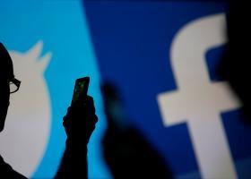 Το Facebook διέγραψε μηνύματα του Ζούκερμπεργκ - Κεντρική Εικόνα