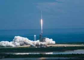 SpaceX: Αναβλήθηκε για αύριο η εκτόξευση του πυραυλικού φορέα Falcon 9 - Κεντρική Εικόνα