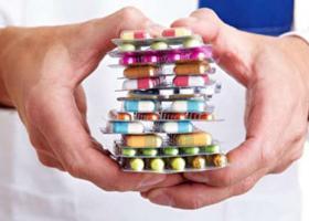 Κορωνοϊός-Θεσσαλονίκη: Ξεπούλησαν τα φάρμακα με... χλωροκίνη επειδή μίλησε για αυτά ο Τσιόδρας! - Κεντρική Εικόνα
