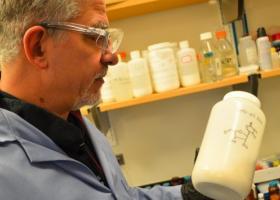 Κορωνοϊός-ΗΠΑ: Νέο φάρμακο για τη σοβαρή πνευμονία της Covid-19 είχε επιτυχία σε πειραματόζωα και ανθρώπινα κύτταρα - Κεντρική Εικόνα