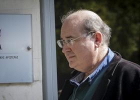 Σε χειρουργική επέμβαση υποβλήθηκε ο Νίκος Φίλης - Κεντρική Εικόνα
