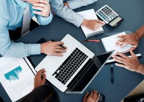 Τρεις μεγάλες φορο-ανατροπές σε ΕΝΦΙΑ, 120 δόσεις και φορολόγηση κερδών εταιρειών - Κεντρική Εικόνα