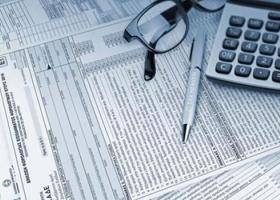 Πώς θα υποβάλλουν χωριστές φορολογικές δηλώσεις οι σύζυγοι - Κεντρική Εικόνα