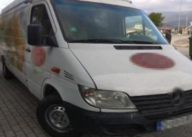 Επιχείρησαν να εισέλθουν στην Ελλάδα κρυμμένοι σε φορτηγό - Κεντρική Εικόνα