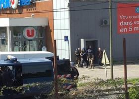 Γαλλία: Σε εξέλιξη ομηρία σε σουπερμάρκετ στην πόλη Τρεμπ - Κεντρική Εικόνα