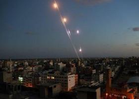Ισραήλ: Ο στρατός έπληξε 12 στόχους στη Λωρίδα της Γάζας - Κεντρική Εικόνα
