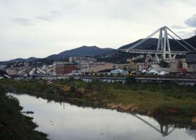 Spiegel Online: Η περικοπή δημοσίων επενδύσεων και η κατάρρευση της γέφυρας στη Γένοβα - Κεντρική Εικόνα