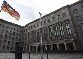 Χρέoς κατά της ύφεσης στη Γερμανία; - Κεντρική Εικόνα