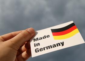 Der Spiegel: Σχεδόν 5.000 γερμανικές εταιρείες θα επηρεαστούν από τη φορολογική μεταρρύθμιση Τραμπ - Κεντρική Εικόνα