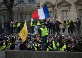 Γαλλία: Ο Μακρόν απαγόρευσε τις σημερινές διαδηλώσεις των Κίτρινων Γιλέκων - Κεντρική Εικόνα