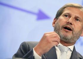 Οι Βρυξέλλες τρέχουν να μαζέψουν τη δήλωση Χαν περί «αναδιάρθρωσης ελληνοαλβανικών συνόρων» - Κεντρική Εικόνα
