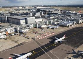 Αποκαταστάθηκε η εναέρια κυκλοφορία στο αεροδρόμιο του Γκάτγουικ - Κεντρική Εικόνα