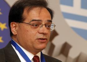 Χαρδούβελης: Πολιτικό το ζήτημα της μείωσης των πρωτογενών πλεονασμάτων - Κεντρική Εικόνα
