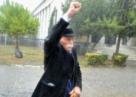 Πέθανε ο Μανώλης Γλέζος - Κεντρική Εικόνα