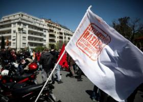 Μεγάλη αλυσίδα ταχυφαγείου απέλυσε δύο διανομείς επειδή απέργησαν στις 11 Απριλίου  - Κεντρική Εικόνα