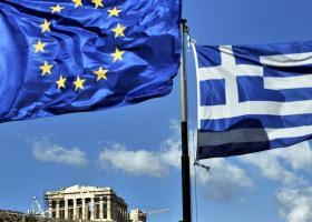 Die Welt: Η Ελλάδα αναδύεται όπως ο φοίνικας από τη στάχτη - Κεντρική Εικόνα