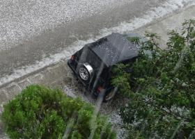 Χαλάζι και μεγάλες καταστροφές στα Τρίκαλα - Κεντρική Εικόνα