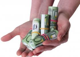 Έρχονται δάνεια ως 25.000€ χωρίς εμπράγματες εξασφαλίσεις - Ποιοι θα είναι οι δικαιούχοι - Κεντρική Εικόνα
