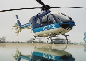 Πετώντας με ελικόπτερο της αστυνομίας (Video) - Κεντρική Εικόνα