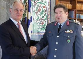 Η ασφάλεια της Βουλής στο επίκεντρο της συνάντησης Τασούλα με τον αρχηγό της ΕΛΑΣ - Κεντρική Εικόνα
