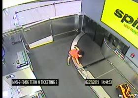 Ιμάντας μεταφοράς αποσκευών «κατάπιε» 2χρονο αγοράκι στην Ατλάντα - Βίντεο-σοκ - Κεντρική Εικόνα