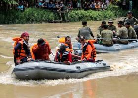 Ινδονησία: Τουλάχιστον 15 νεκροί σε ναυάγιο πορθμείου στα ανοικτά της Ιάβας - Κεντρική Εικόνα