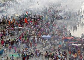 Ινδία: Δεύτερη ημέρα ταραχών στην Κεράλα - Κεντρική Εικόνα