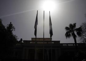 Μαξίμου: Καταρρέει και το δημοσκοπικό αφήγημα του Μητσοτάκη - Κεντρική Εικόνα