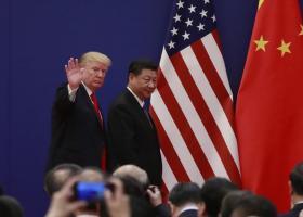 FED: Αμερικανικές εταιρίες και καταναλωτές επωμίζονται το κόστος των δασμών στα κινεζικά προϊόντα - Κεντρική Εικόνα