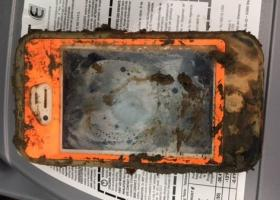 iPhone 4 «επέζησε» μετά από ένα χρόνο στον πυθμένα λίμνης (photo) - Κεντρική Εικόνα