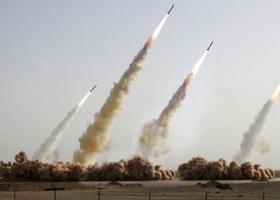 Η Τεχεράνη πραγματοποίησε δοκιμή ενός νέου πυραύλου - Κεντρική Εικόνα
